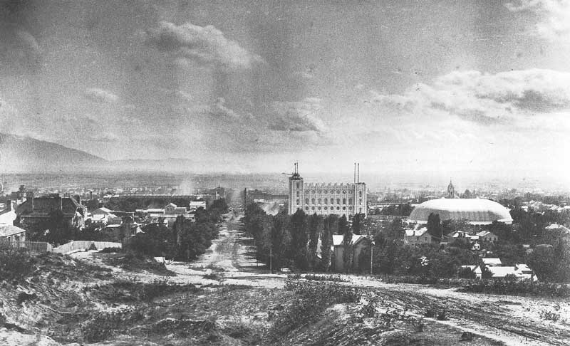[p.118] 128. Clouds hover over Salt Lake City in 1887 when Boston photographer John P. Soule, on a photo excursion for Denver & Rio Grande Western Railroad, set up his camera on Arsenal Hill.