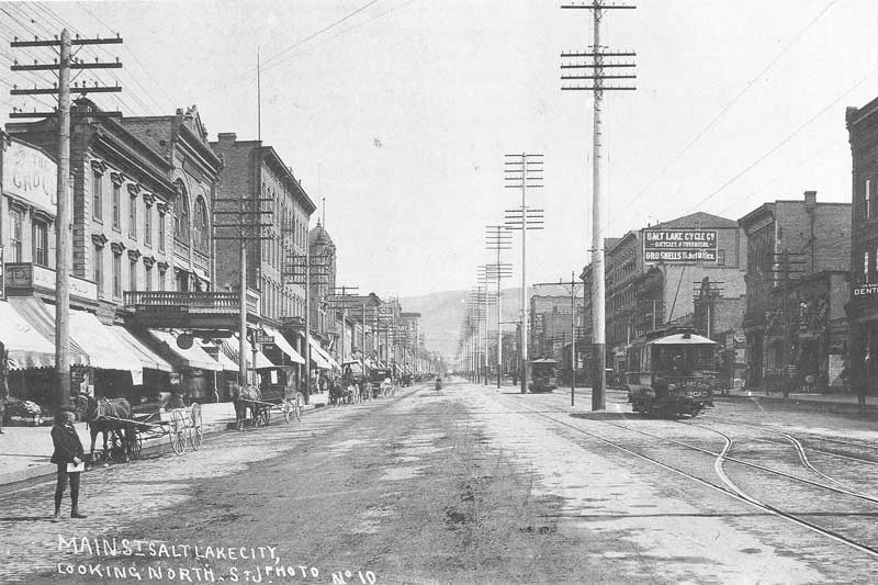 [p.273] 279. Main Street in Salt Lake City in the 1890s featured an elaborate street-car system.