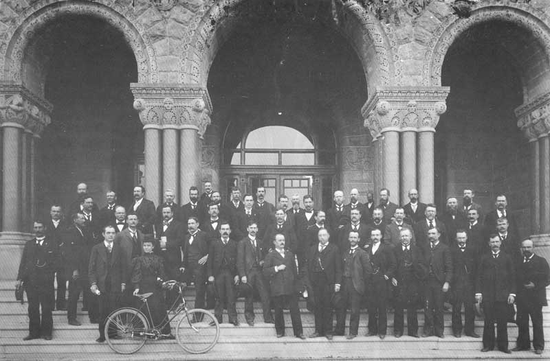 [p.281] 287. Members of Utah's first House of Representatives shortly after statehood on 3 April 1896 on the steps of the City-County Building.