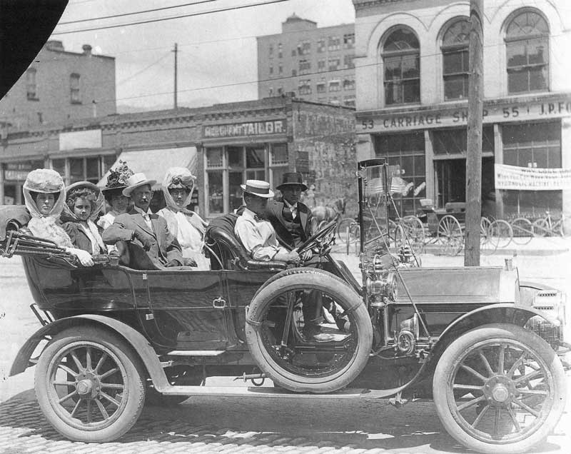 [p.309] 311. Salt Lakers enjoy a ride in their Maxwell down West Temple Street around 1908.