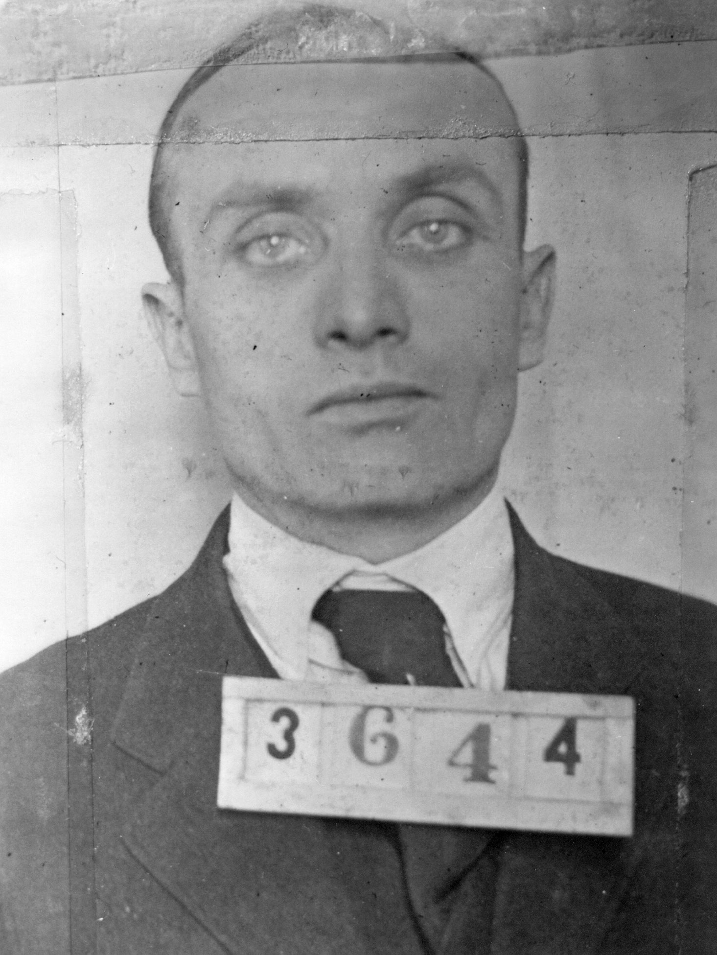 """Those accursed earings."" Howard DeWeese executed on 24 May 1918."