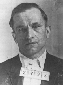 """""""A white handkerchief and an old world superstition."""" Steve Maslich executed on 20 January 1922."""